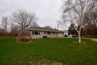 Menasha Single Family Home Active-Offer No Bump: W6265 Old Highway