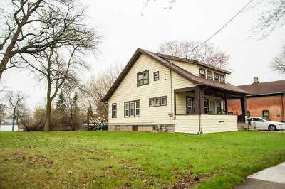 Menasha Single Family Home Active-No Offer: 94 Broad