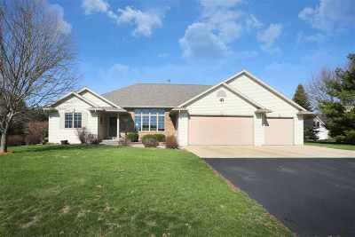 Green Bay Single Family Home Active-No Offer: 2329 Autumn Ridge