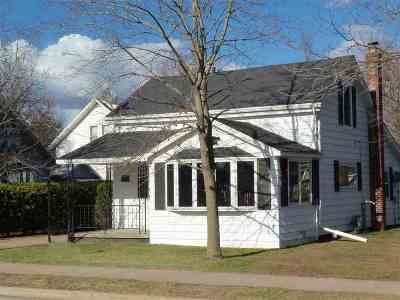 Shawano Single Family Home Active-Offer No Bump-Show: 508 S Lincoln