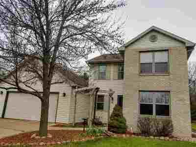 Oshkosh Single Family Home Active-Offer No Bump: 80 Rolling Green