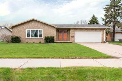 Oshkosh Single Family Home Active-Offer No Bump: 1723 Southland