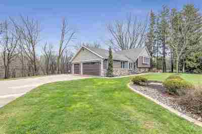 Green Bay Single Family Home Active-Offer No Bump: 1218 Plateau Heights