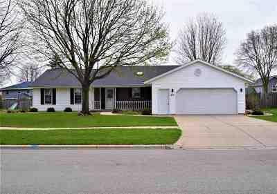 De Pere Single Family Home Active-Offer No Bump: 237 N Crestview
