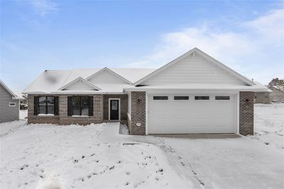 Menasha Single Family Home Active-No Offer: 3004 Georgetown