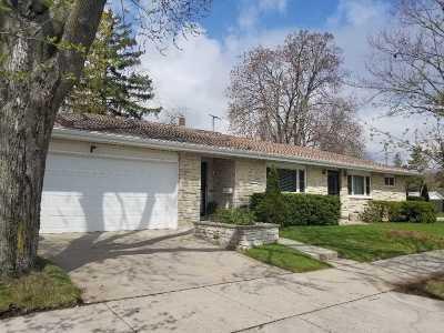 Oshkosh Single Family Home Active-Offer No Bump: 1805 Iowa