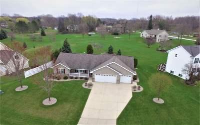 De Pere Single Family Home Active-Offer No Bump: 4011 Garrett