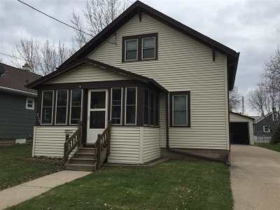 Menasha Single Family Home Active-No Offer: 213 Lake
