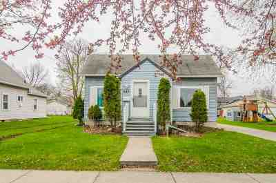 Menasha Single Family Home Active-Offer No Bump: 337 3rd