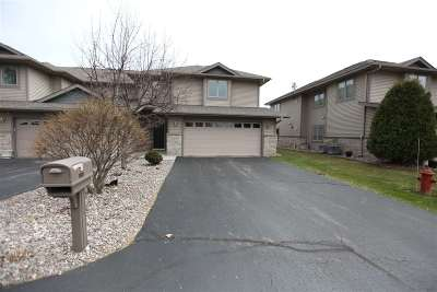 Menominee Condo/Townhouse Active-Offer No Bump: 2184 10th