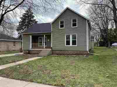 De Pere Single Family Home Active-Offer No Bump: 312 S Michigan