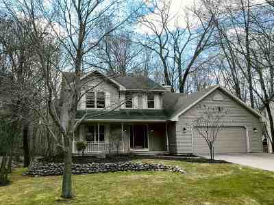 Howard, Suamico Single Family Home Active-Offer No Bump: 1819 Ives