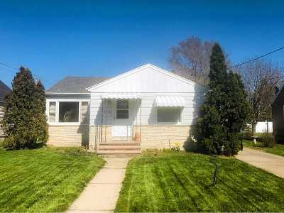 Menasha Single Family Home Active-Offer No Bump: 849 London