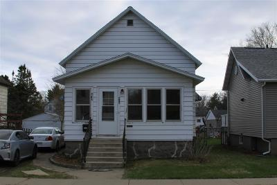 Marinette Single Family Home Active-No Offer: 415 Main