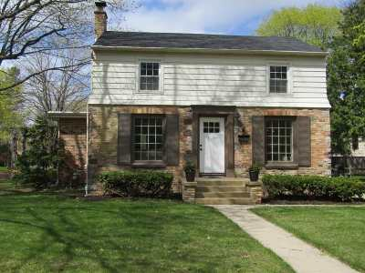 Appleton Single Family Home Active-Offer No Bump: 1026 W Calumet