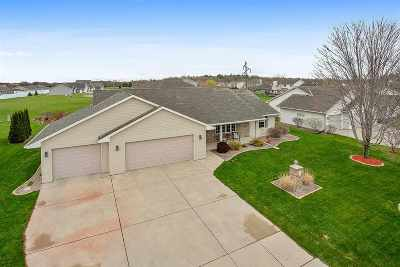 Green Bay Single Family Home Active-Offer No Bump: 3125 Beth