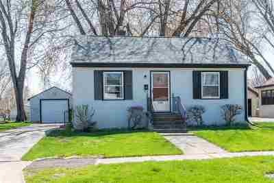 Green Bay Single Family Home Active-Offer W/Bump: 1139 Elmore