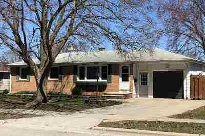 Green Bay Single Family Home Active-Offer No Bump: 1779 Debra