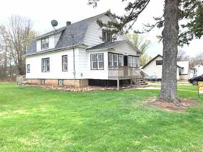 Single Family Home Active-No Offer: 535 E Groninger