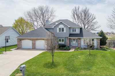 Appleton Single Family Home Active-Offer No Bump: 2313 W Twin Willows
