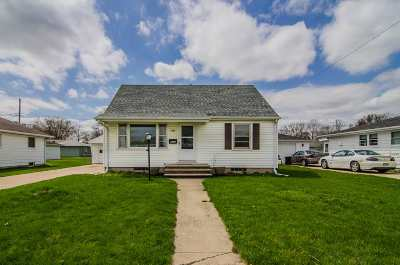Neenah Single Family Home Active-No Offer: 141 Claire