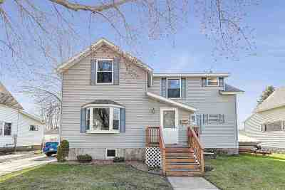 Marinette Single Family Home Active-No Offer: 1339 Oakes