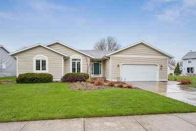 De Pere Single Family Home Active-Offer No Bump: 718 Desplaine