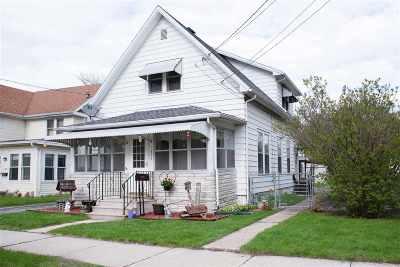 Oshkosh Single Family Home Active-No Offer: 1334 Cedar