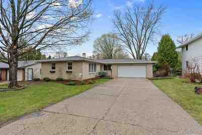 Green Bay Single Family Home Active-Offer No Bump: 2140 Red Oak