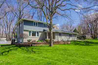 Green Bay Single Family Home Active-Offer W/Bump-Show: 2686 Sequoia