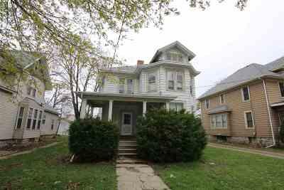 Oshkosh Multi Family Home Active-Offer No Bump: 540 Jefferson