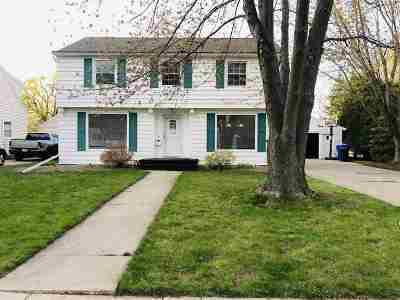 Appleton Single Family Home Active-Offer No Bump: 324 W Seymour