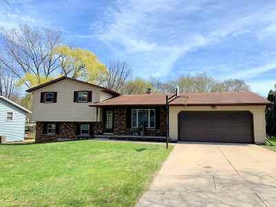 Green Bay Single Family Home Active-Offer No Bump: 2556 Heather