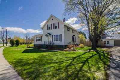 Green Bay Single Family Home Active-Offer No Bump: 2451 Duck Creek