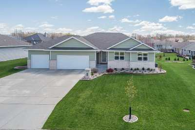 Green Bay Single Family Home Active-Offer No Bump: 1773 Guns