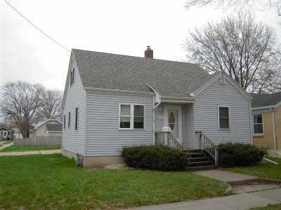 Green Bay Single Family Home Active-Offer No Bump: 916 Shea