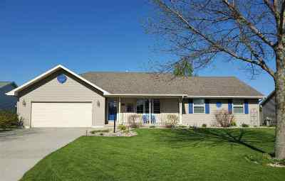 Green Bay Single Family Home Active-Offer No Bump: 560 Summer Winds