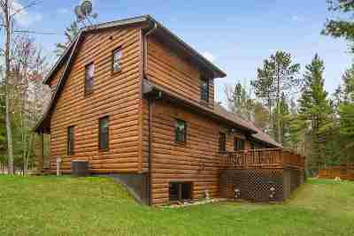 Single Family Home Active-No Offer: N11812 Menominee Woods