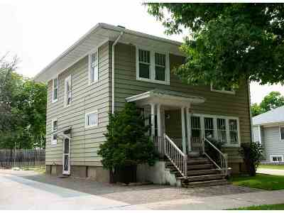 Green Bay Single Family Home Active-No Offer: 125 S Maple
