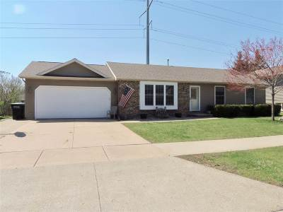 Oshkosh Single Family Home Active-Offer No Bump-Show: 2321 Golden