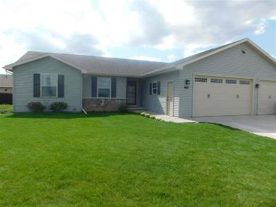 Combined Locks Single Family Home Active-Offer No Bump: 605 Debruin