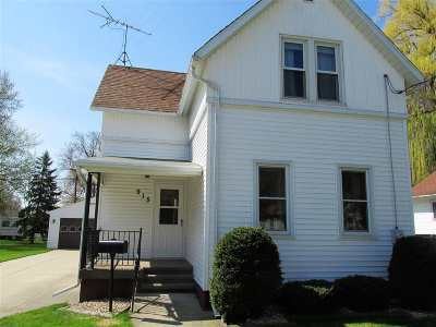 Single Family Home Active-No Offer: 915 W Hawes