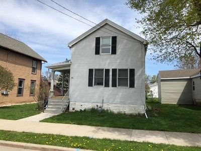 Oshkosh Single Family Home Active-No Offer: 540 Ceape