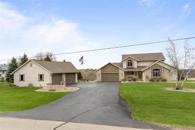 Shiocton Single Family Home Active-No Offer: W7278 Kirschner