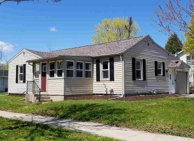 Kaukauna Single Family Home Active-Offer No Bump: 415 Eden