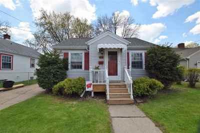 Green Bay Single Family Home Active-No Offer: 1089 Oregon