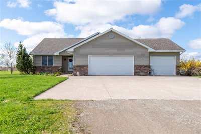 Oshkosh Single Family Home Active-Offer No Bump: 3741 Maxwell