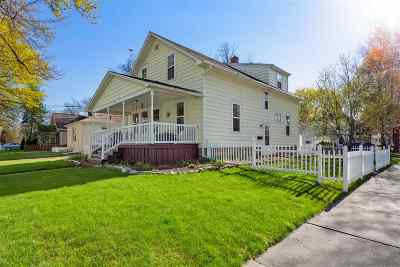 Appleton Single Family Home Active-Offer W/Bump-Show: 1929 N Morrison