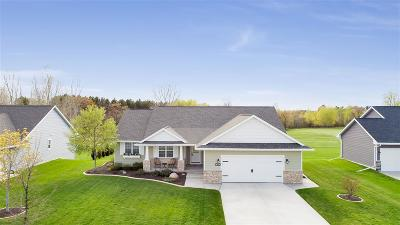 Green Bay Single Family Home Active-No Offer: 1593 Spencers Crossing