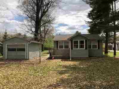 Shawano Single Family Home Active-No Offer: W5311 Loon Lake
